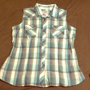 Roper sleeveless button down M